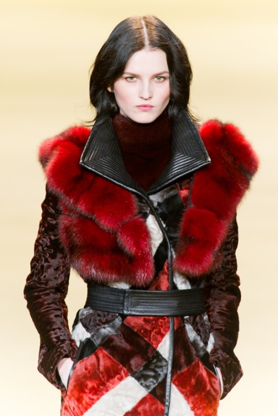 dsc-7834j-mendel-fall2014-fashion-show-mbfw-nyc-2014-vital-agibalow_29496200