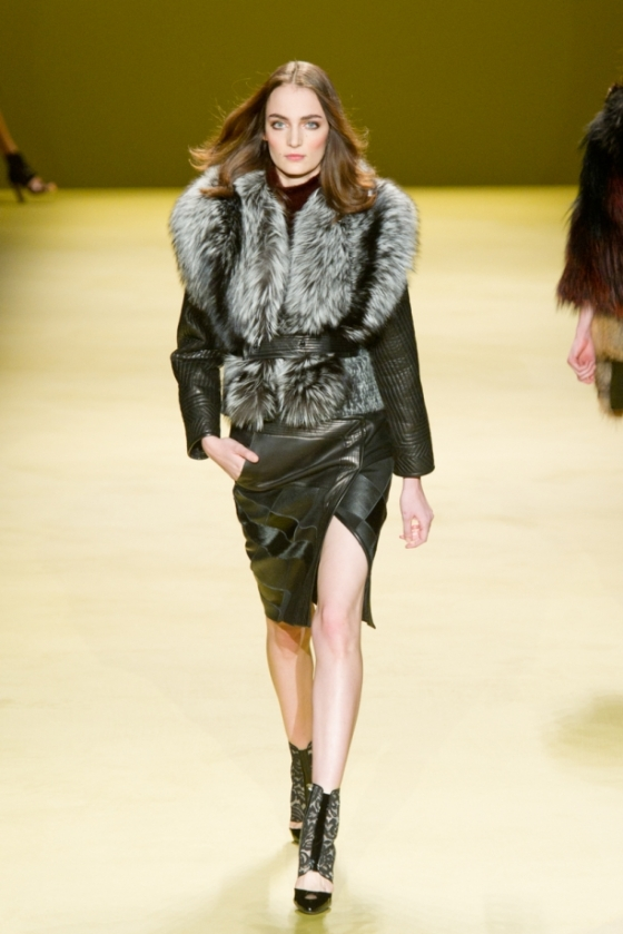 dsc-7926j-mendel-fall2014-fashion-show-mbfw-nyc-2014-vital-agibalow_21175800