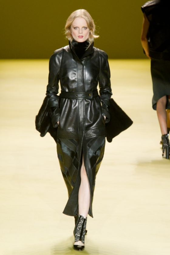 dsc-7954j-mendel-fall2014-fashion-show-mbfw-nyc-2014-vital-agibalow_34109000