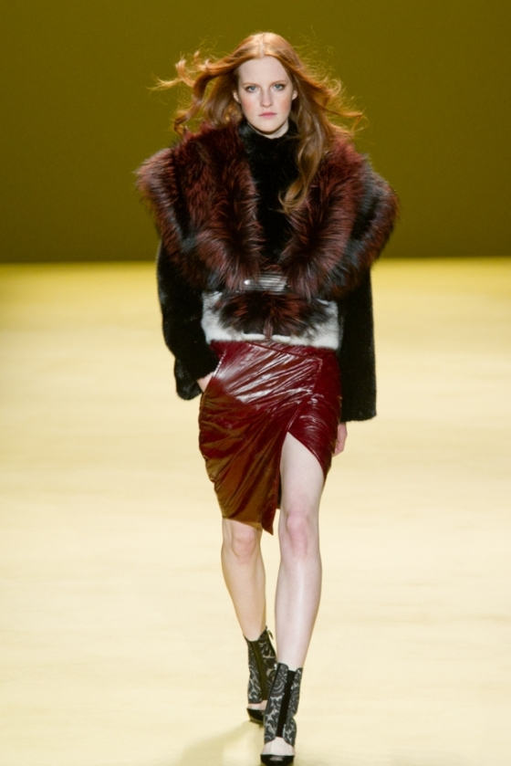 dsc-7981j-mendel-fall2014-fashion-show-mbfw-nyc-2014-vital-agibalow_05145000